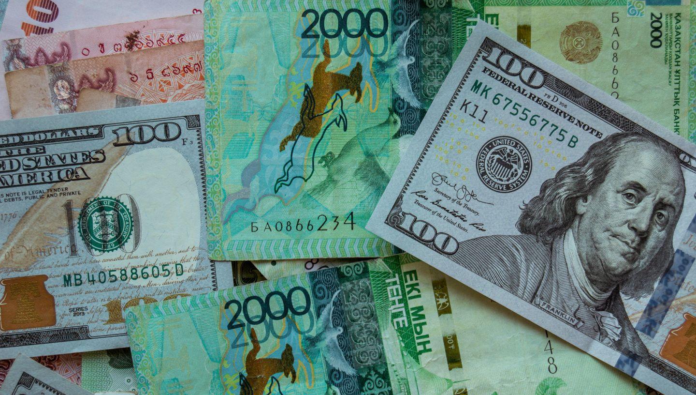 валютная интервенция  плюсы и минусы